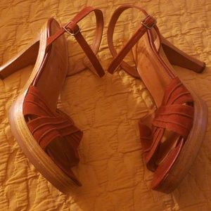 Vintage Kinney Heel